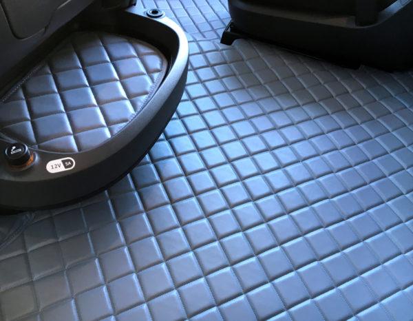 Fußmatten für DAF XF 106 Automatik Grau Innen