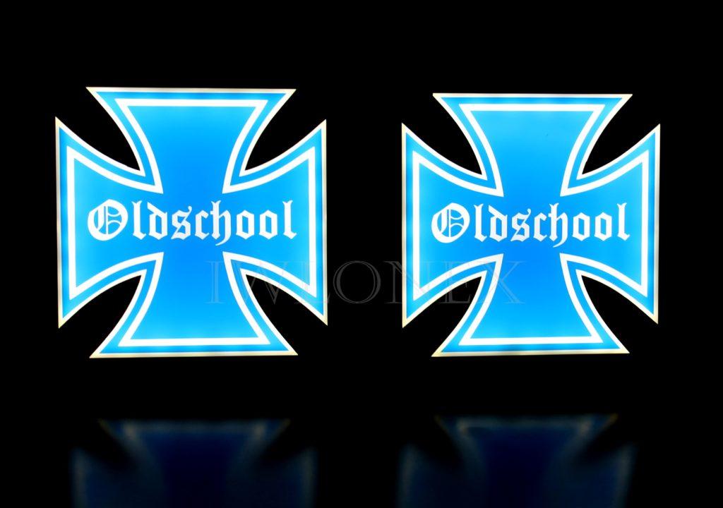 IMG 8679 1024x720 - 1 Paar LKW LED Leuchtschilder 24V Eiserne Kreuz 15x15cm