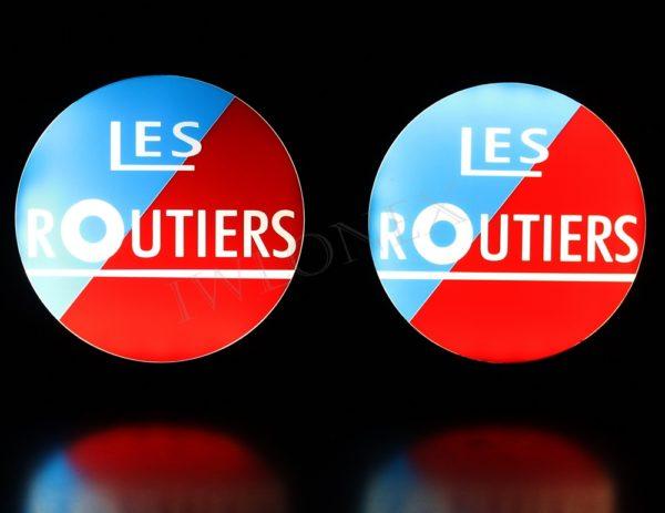 IMG 8700 600x463 - 1 Paar LKW LED Leuchtschilder 24V Frankreich Les Routiers