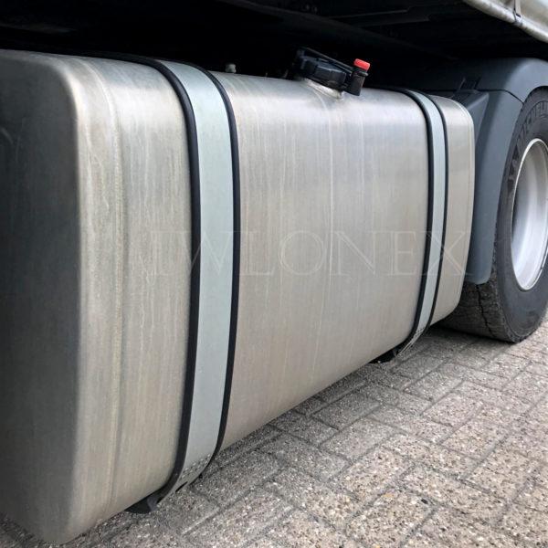 Kraftstoff gummiunterlage 600x600 - 1 Lfm GUMMIUNTERLAGE für Tank-Spannband 65mm